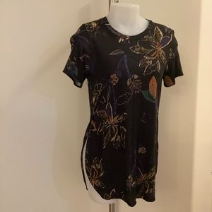 WILFRED ARITZIA  Size Small Medium TOP Like New